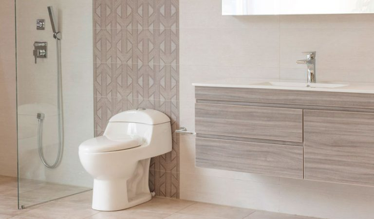 El baño de tu casa al día con las mejores tendencias de diseño.